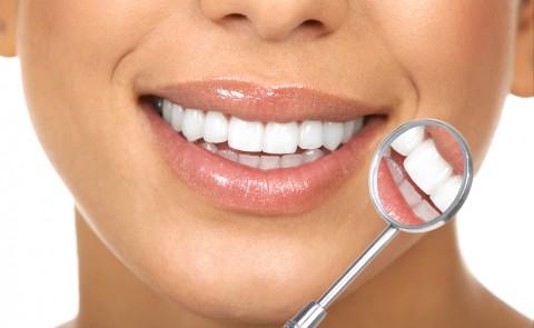 اثر بخشی لیزر بر دندان چقدر است؟