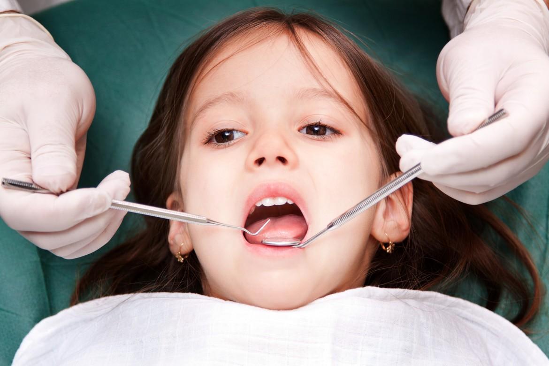 جراحی دندان کودک