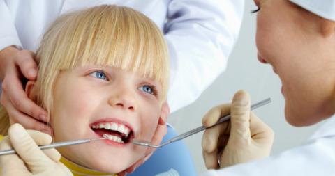 جراحی دندان کودکان