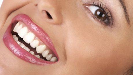 مراقبت از دندانها در ایام عید